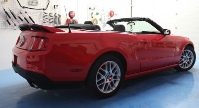 Ford Mustang Convertible 0101.JPG